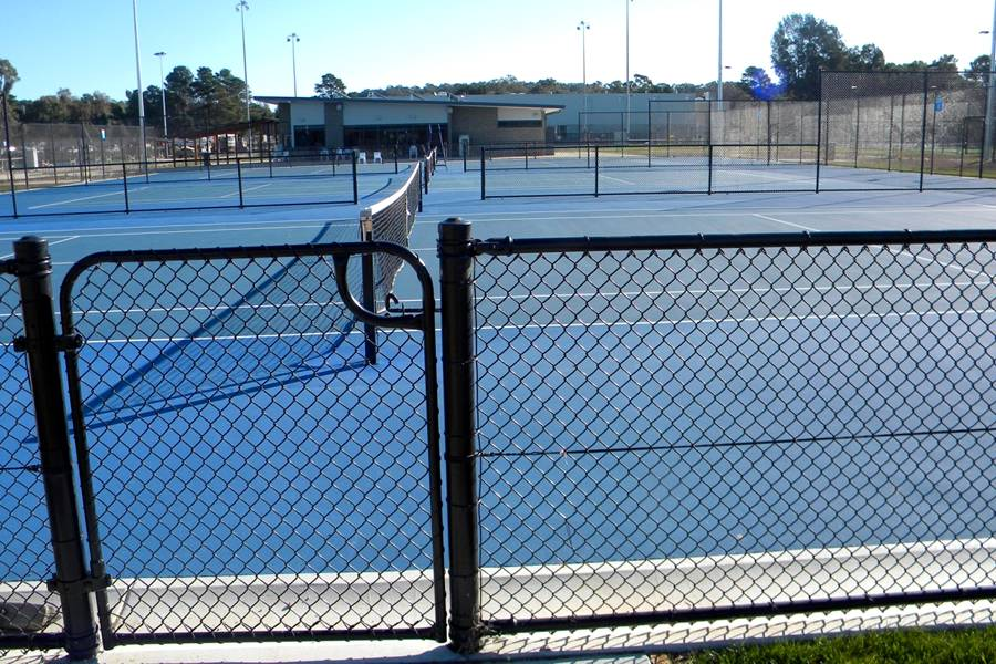 Tennis Court Chain Link Fence Ideal for Audience Protection Enclosure