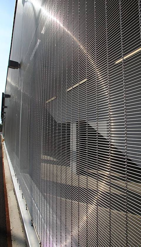 Wire Rope Woven Mesh Facade Installed On The External Of Tall Buildings