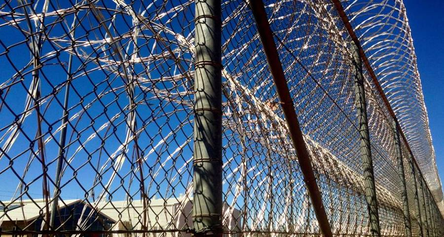 Razor Wire Prison Fence Stop Inmates Escaping and Intruders Entering