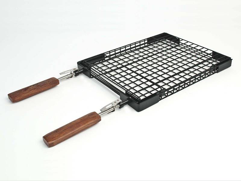 The Mesh Hole Of Barbecue Grill Basket Is Square And Four Ends Consolidated By Black
