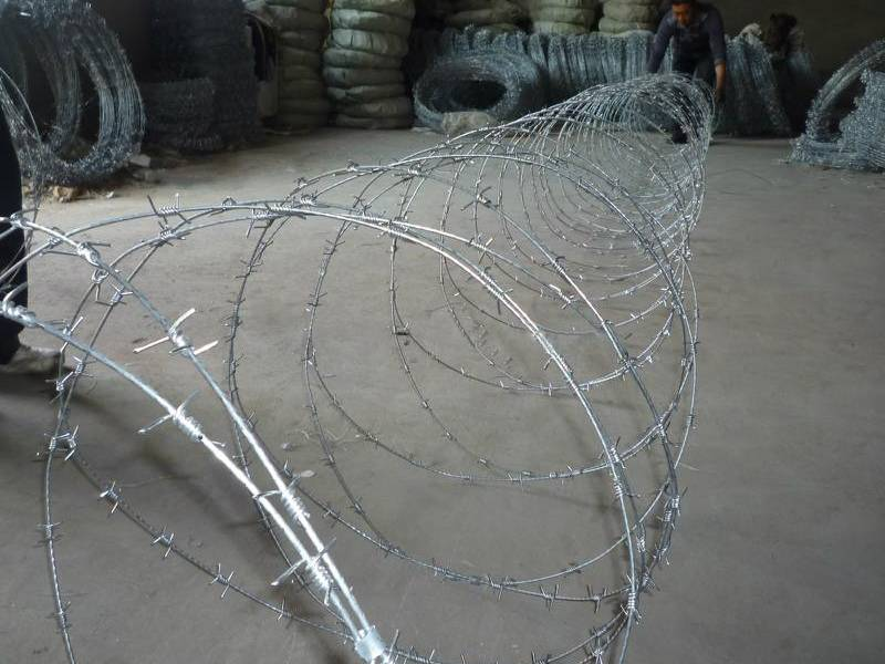 Concertina barbed wire economical practical for