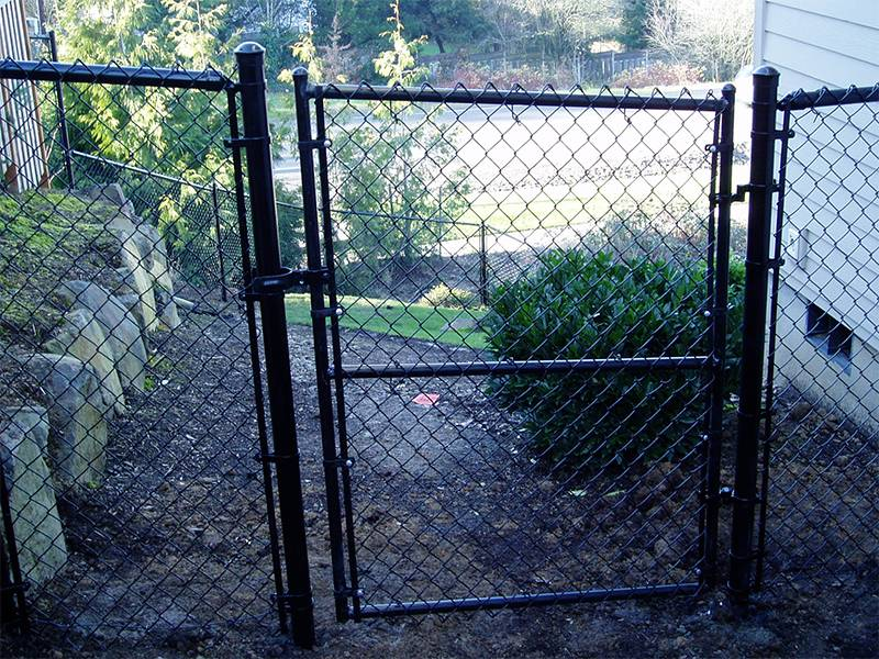 Chain Link Swig Gate Applied In Sport Field Park And