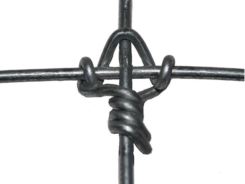 Field fence with fixed type knot.