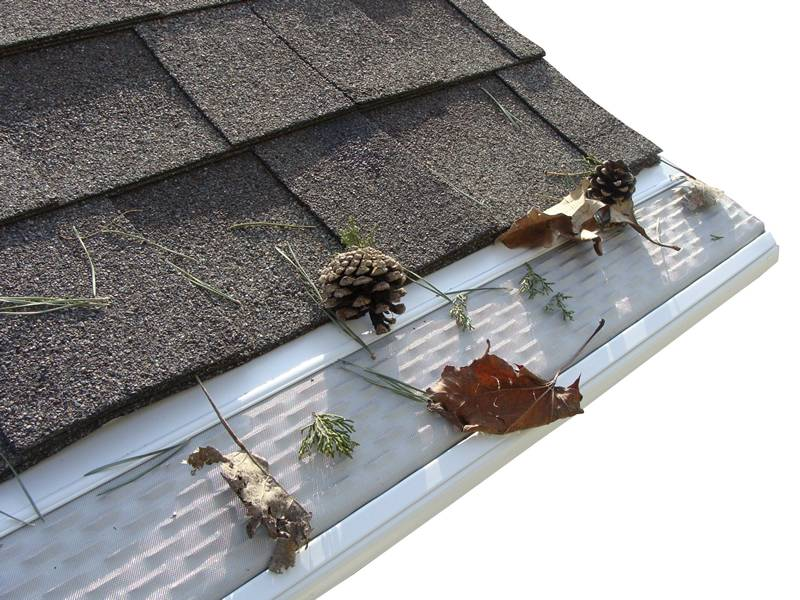 Gutter Guard Mesh For Gutters In Roof Of House Villa