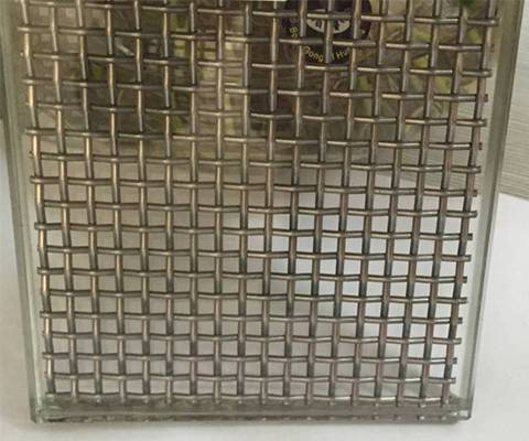 Wired Glass Good Soundproofed Material For Modern Room Decor