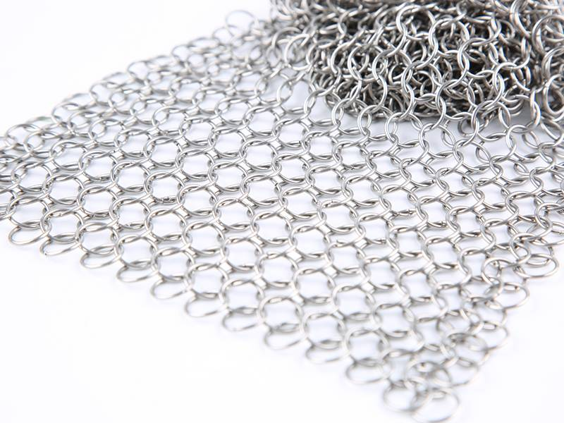 Metal Chain Curtains Is The Inspirational Decoration Materials Which Popular In Modern Fashion Architecture And Other Fields
