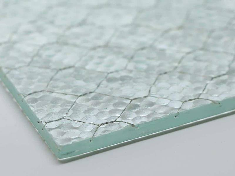Wired Glass – Good Soundproofed Material for Modern Room Decor