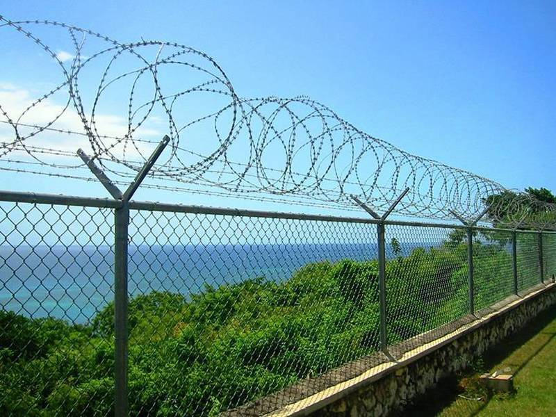 Barbed Wire For Prison Airport Farm Ranch Residence