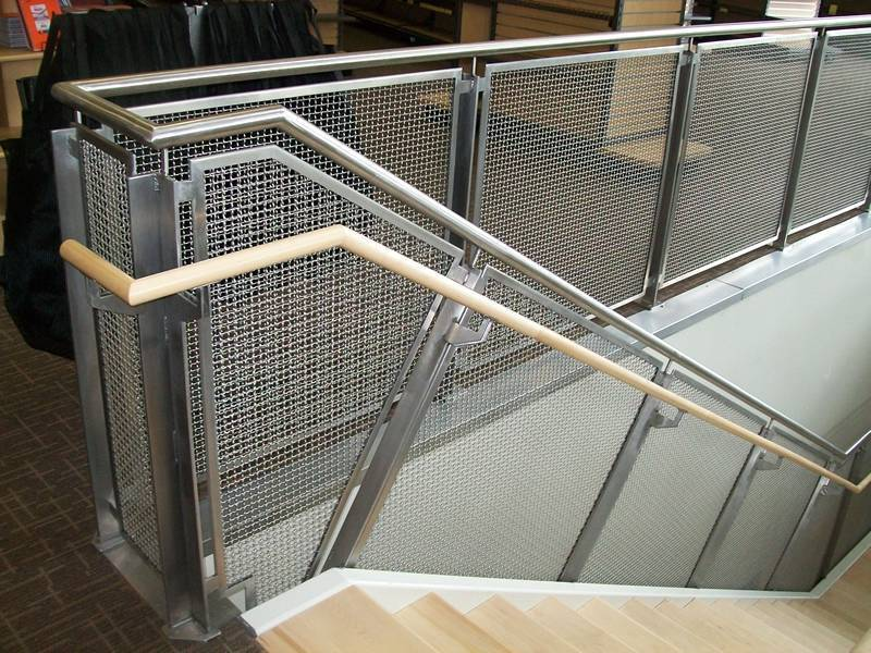 The picture shows the stainless steel interior railing, and the crimped wires adds aesthetic appeal.
