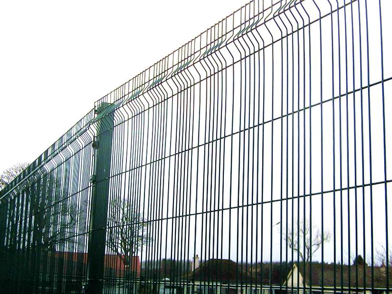 Welded Wire Fence Provides Protection For Secure Fencing