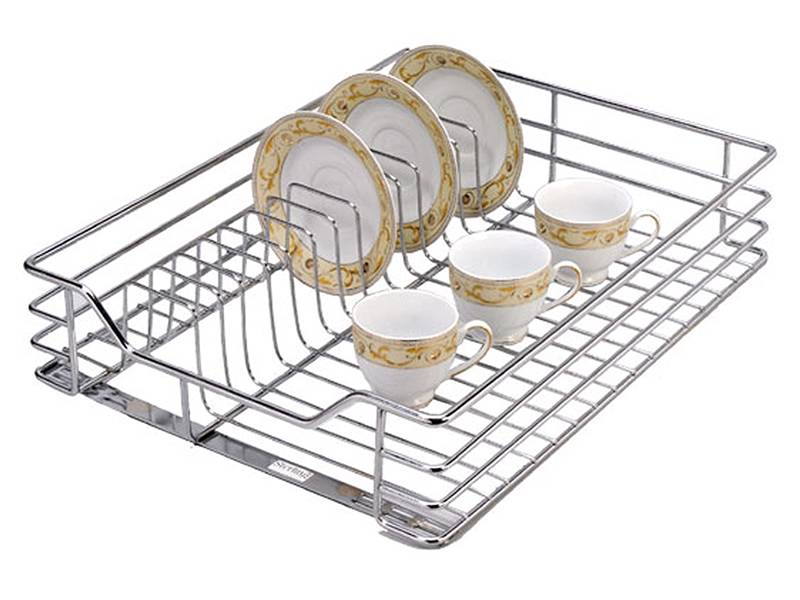 Ceramic plates and tea cups are placed on rinse basket.