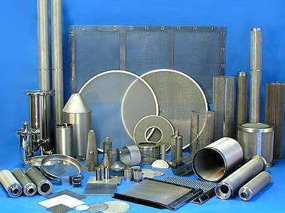 Wide range of wire mesh filters displayed: filter disc, filter cartridge, filter panel and tailored filters.